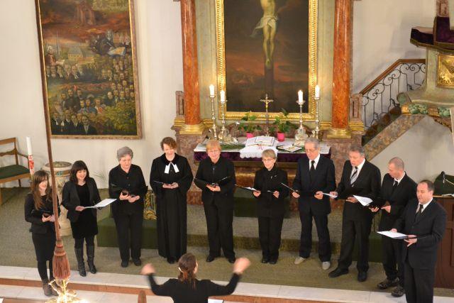 Spevokol nášho cirkevného zboru na službách Božích v Malom kostole, Foto: Tatiana Horvátová