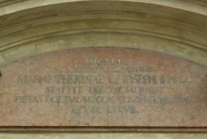 Nápis na portále Malého kostola, Foto: Tatiana Horvátová